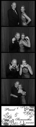 Qwik Picz Photo Booth Strip Image BW Red